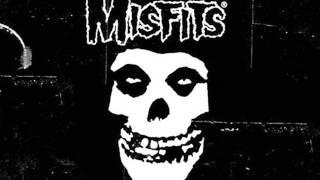 Misfits - Hunting Humans (Lyrics)
