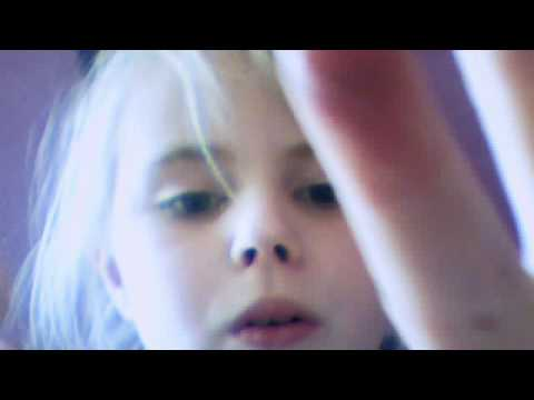 Videoklippet som hör till jennifer svensson inspelat med webbkamera den  7 maj 2012 12:22 (PDT)