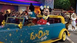 100 Disney Characters in a Parade!* Disney FanDaze Disneyland Paris