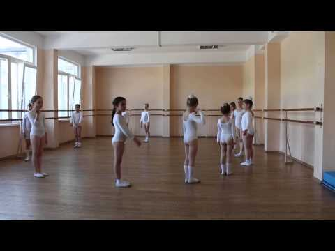 RUSSIAN BALET LESSON Урок Балета девочки май 2014 (3) 1435