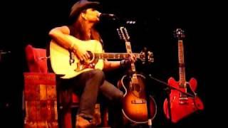 "Terri Clark ""First to Fall"" Live @ Whitaker Center, Harrisburg, PA, 10/29/10"