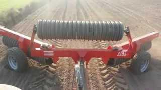 preview picture of video 'Wał posiewny - Euro-masz producent maszyn rolnicych'
