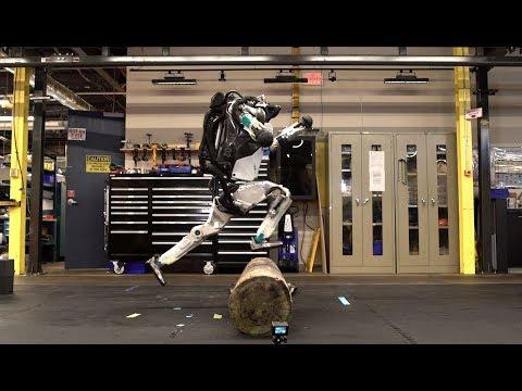 Boston Dynamics научила своих роботов паркуру и танцам диско