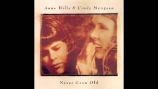 <b>Anne Hills</b> & Cindy Mangsen  Housewifes Lament