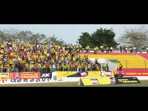"""""""REBELION AURIVERDE NORTE VS FRENTE ROJIBLANCO Y LA BANDA DE LOS KUERVOS (CARA A CARA)"""" Barra: Rebelión Auriverde Norte • Club: Real Cartagena"""