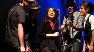 """Brandi Carlile """"Oh Dear"""" Acoustic Live- Workplay, Birmingham, AL"""
