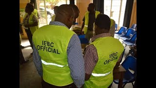BREAKING NEWS: Members of the public disrupt training of IEBC officials in Kisumu