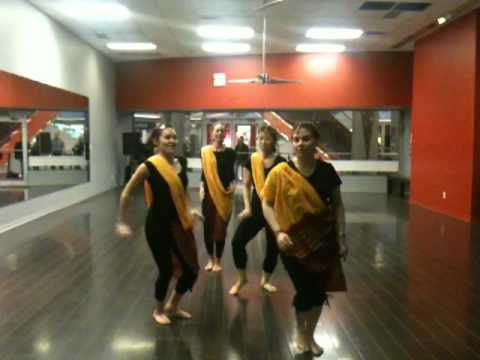 TDS Bollywood Performance Class Week 9: March 16, 2012 (видео)