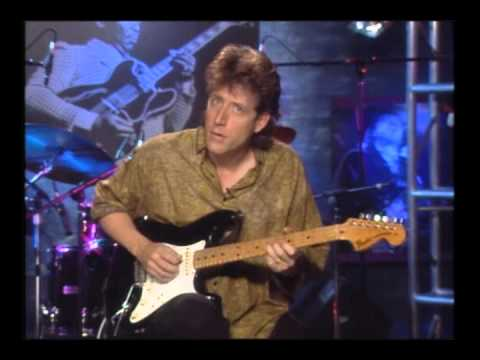 Blues Guitar Lesson 5 - Soloing Over the Chord Progression