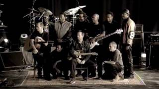 Eric Clapton - I Ain't Gonna Stand For It (Official Music Video)