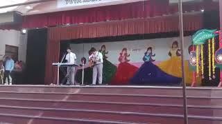مشاهدة وتحميل فيديو Idhar Zindegi Ka Janaza Uthega    Sad