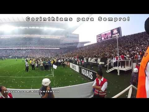 Fiel canta 'Corinthians para Sempre' na festa do título