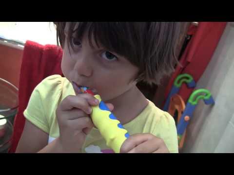 Spazzolino da denti elettrico per bambini * Oral-B