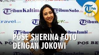 Pose Sherina Munaf Saat Berfoto dengan Presiden Jokowi