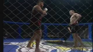Комментаторы в Шоке-Украинский боец ММА- Игорь Вовчанин vs Пола Вареланса из США
