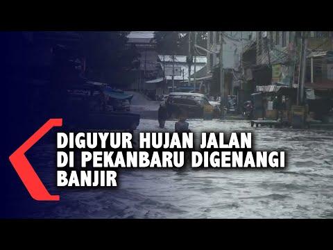 diguyur hujan jalan di pekanbaru digenangi banjir
