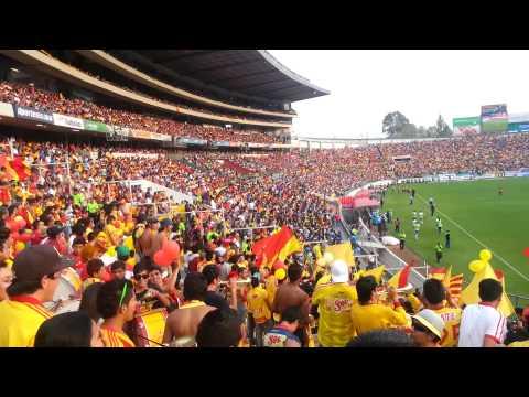 """""""Locura 81 vs cruz azul liguilla 2013 vuelta"""" Barra: Locura 81 • Club: Monarcas Morelia"""