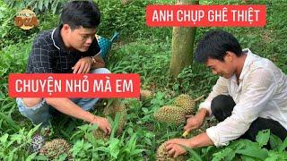 Mấy anh nông dân phải sợ khả năng hứng sầu riêng bằng tay không của Khương Dừa?