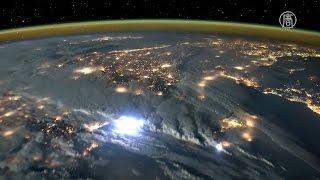 Видео из космоса: завораживающие молнии (новости)
