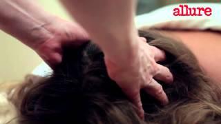 Расслабляющий массаж шеи и головы