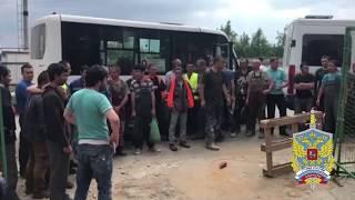 Пятнадцать мигрантов, найденных в ходе рейда в Балашихе, обязали покинуть Россию
