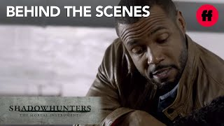 Shadowhunters | Behind the Scenes Season 1: Isaiah Mustafa Talks About Luke