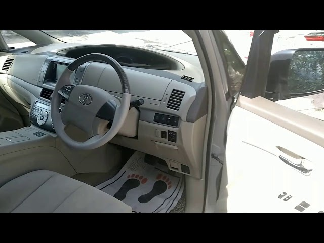 Toyota Estima Hybrid 2011 for Sale in Lahore