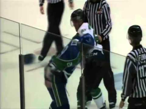 Pavel Padakin vs. Tanner LeSann
