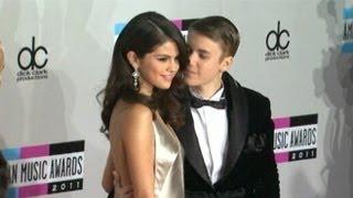 Gambar cover Justin Bieber and Selena Gomez Breakup: Victoria Secret Model to Blame?