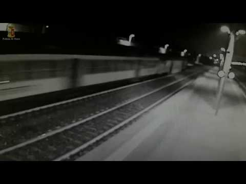 Крушение поезда в Италии попало на видео