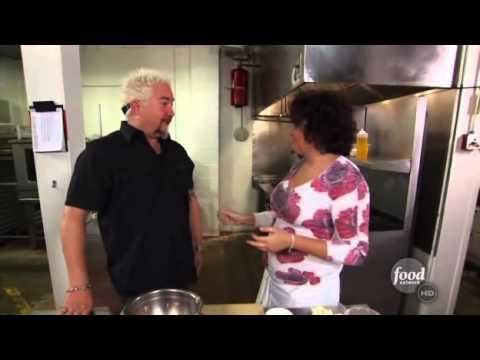 Guy Fieri does Bobby Moynihan's impression of Guy Fieri
