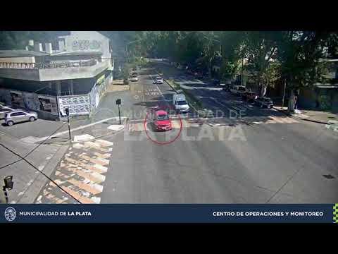 En sólo 20 minutos: Gracias a las cámaras de seguridad, logran recuperar un automóvil que había sido robado