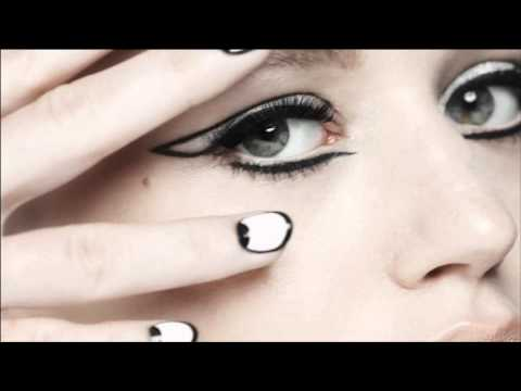 Rimmel London Commercial for Rimmel London ScandalEyes Retro Glam Mascara (2014) (Television Commercial)