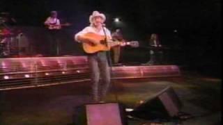 Alan Jackson - Walkin' The Floor Over Me (LIVE)
