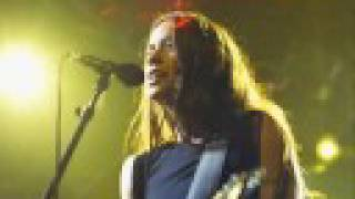 ALANIS MORISSETTE - Death Of Cinderella (Live)