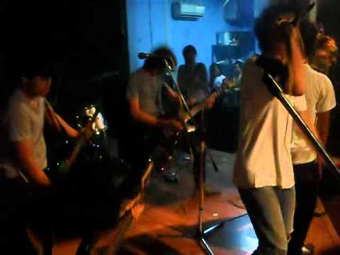 Walking On Disaster - with ears to see and eyes to hear.avi (Cover) at Rossi Fatmawati