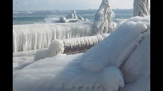 preview picture of video 'voiture et quais glacés à Versoix'