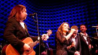 Fairytale Of New York, Russell Crowe &  Alan Doyle NYC Indoor Garden Party 3 Finale, Joe's Pub