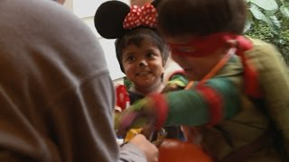 Will And Zoey Want All The Candy | The Little Couple