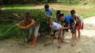 Rủ Hội Trẻ Trâu Xóm Bôi Mặt Đen Đi Ăn Trộm Nhãn - Cười Lộn Ruột