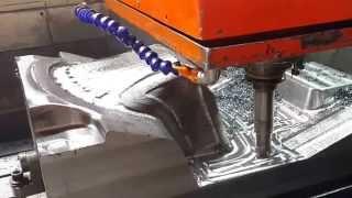 3D CNC machining at Fuvi mold factory