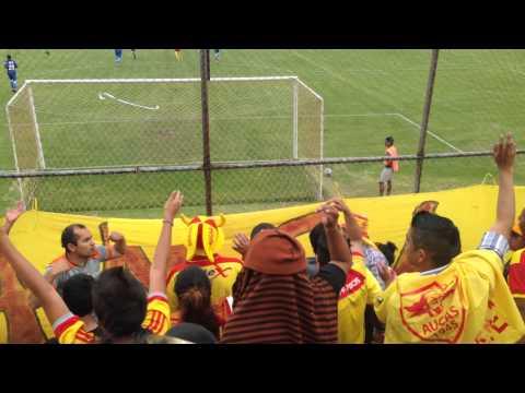 """""""Aucas. Vamos orientales"""" Barra: Armagedón • Club: Aucas"""