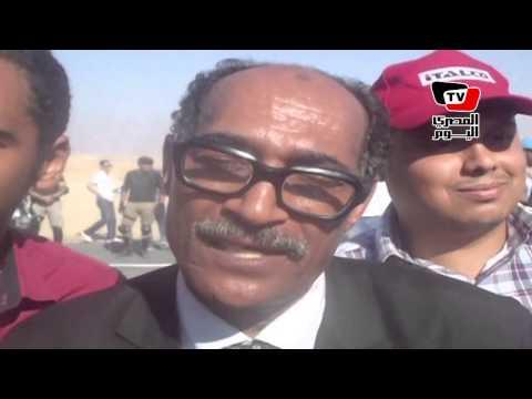 شبيه السادات في موقع حفر قناة السويس الجديدة: محدش شاف جيهان ؟