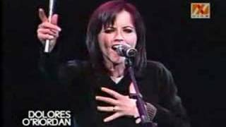 Dolores O'Riordan - Human Spirit (Live in Chile)