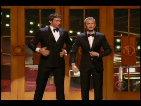 Neil Patrick Harris a Hugh Jackman na cenách Tony 2011