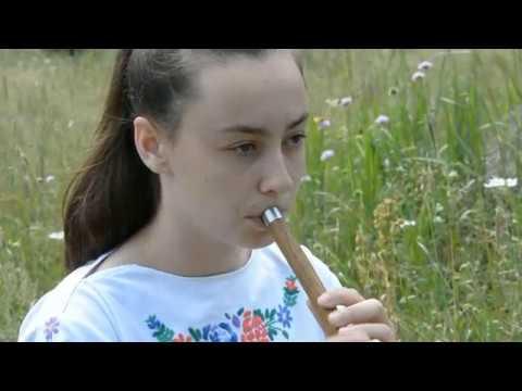 Devojčica zvucima frule čuva tradiciju svrljiškog kraja
