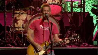 Ringo Starr - Live at the Mohegan Sun - 4. Everybody Wants You (Billy Squier)