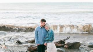 Beach Engagement Session In Niagara-on-the-Lake