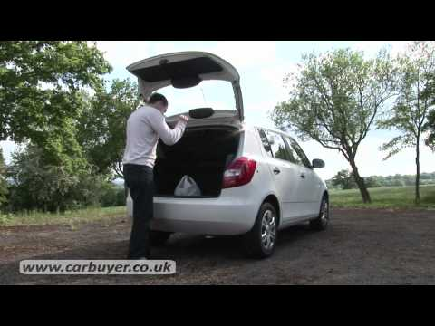 Skoda Fabia hatchback review - CarBuyer