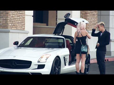"""Nainen oli """"varattu"""" – 5 minuutin päästä mieli muuttuu, kun Mercedes-Benz SLS AMG pysäköi viereen"""